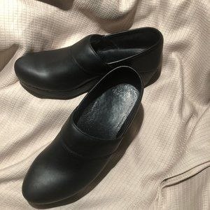 Dansko black leather mules clogs, leather, 10.5